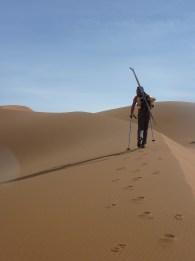 sci nel deserto dune sabbia snowboard P1100123