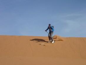 sci nel deserto dune sabbia snowboard P1100143