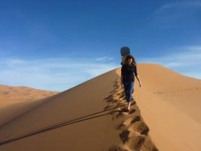 sci nel deserto dune sabbia snowboard P1100146