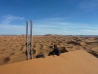 sci nel deserto dune sabbia snowboard P1100175