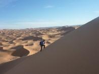 sci nel deserto dune sabbia snowboard P1100184