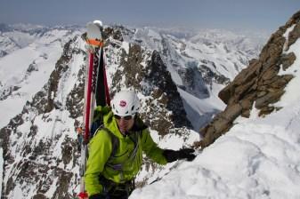 11 pizzo bernina scialpinismo direttissima canale sud sci mountainspace giacomo longhi (12)
