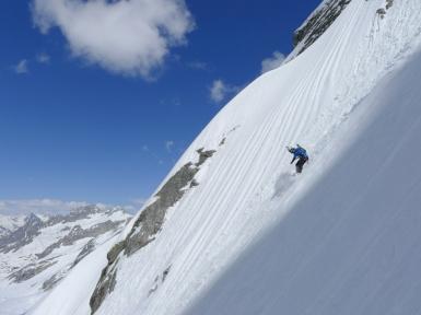 pizzo del ferro orientale sci ripido discesa sci capanna albigna mountainspace (8)