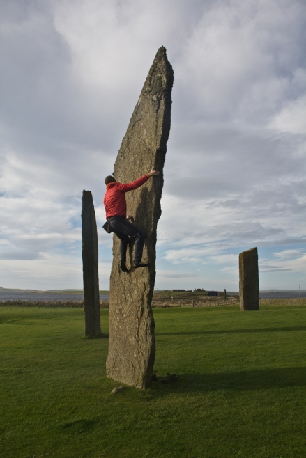 giro della scozia climb trek mountainspace giacomo longhi michele gusmini elisa broggi camp cassin dynastar racer orcadi skye arrampicata scotland greta molinari highland hoy (17)