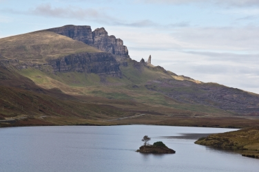 giro della scozia climb trek mountainspace giacomo longhi michele gusmini elisa broggi camp cassin dynastar racer orcadi skye arrampicata scotland greta molinari highland hoy (34)