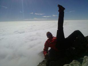 Grignetta segantini mare di nuvole giacomo longhi michle gusmini marco ballerini magnaghi bivacco climb lecco forno della grigna camp mountainspace (19)