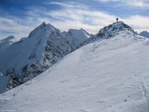 Piz morteratsch via zippert sci boval tschierva mountainspace giacomo longhi marco ballerini scialpinismo engadina bernina valentino cividini spraunza (31)