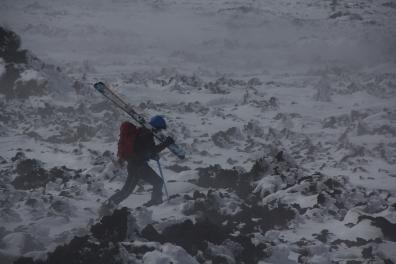 scialpinismo etna sicilia michele gusmini longhi giacomo lorenzo tagliabue marco ballerini mountainspace climb camp dynastar marvi sport rifugio sapienza funivie lava gopro racer (53)