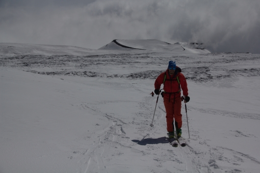 scialpinismo etna sicilia michele gusmini longhi giacomo lorenzo tagliabue marco ballerini mountainspace climb camp dynastar marvi sport rifugio sapienza funivie lava gopro racer (54)