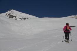 scialpinismo chilcalphorn san bernardino elisa broggi giacomo longhi jack dynastar camp marvi sport cantu lorenzhorn hinterrein slügen tallihorn valserhorn valserberg lange (2)